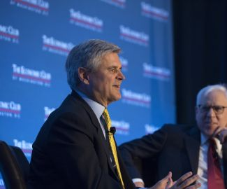 Steve Case speaks with David Rubenstein and the Economic Club. Photo Credit: The Economic Club of Washington, D.C./Joyce N. Boghosian